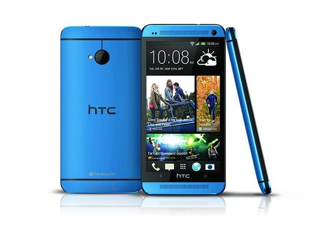HTC-One-Metallic-Blue-Smartphone