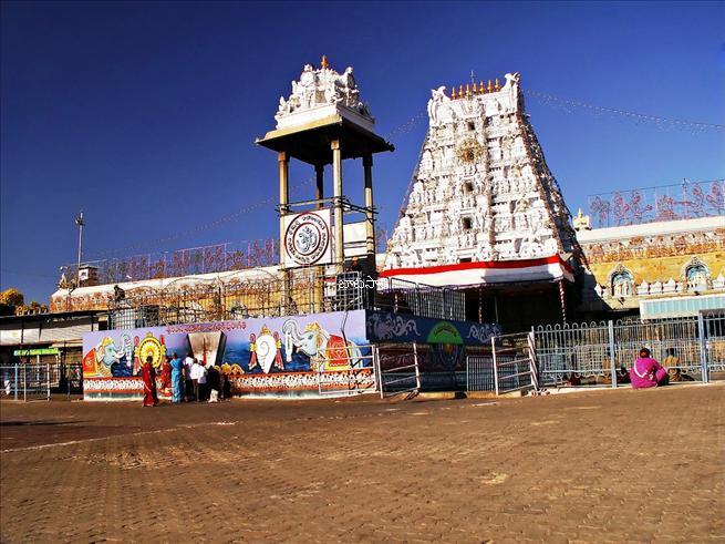 Tirumala-Tirupati-Venkateswara-Swamy-Temple-Andhra-Pradesh