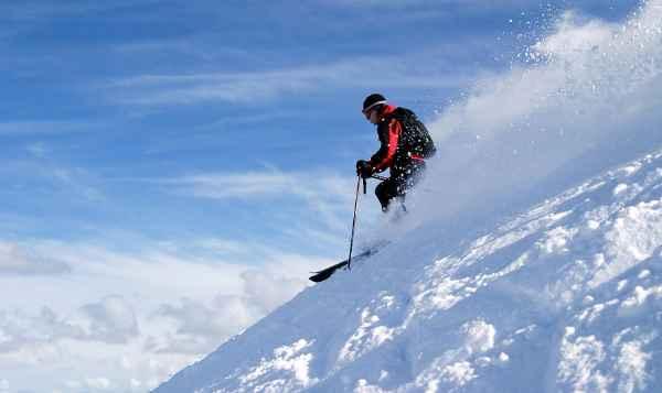 skiing-destinations-world