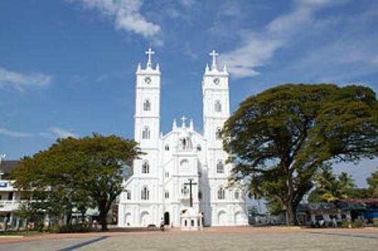 vallarpadam-church-in-india