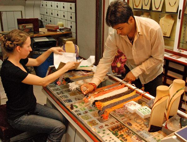 Best Jaipur Shops For Travellers Jaipur Shopping Guide