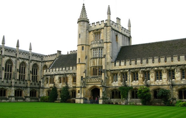 Universities for International Students in England