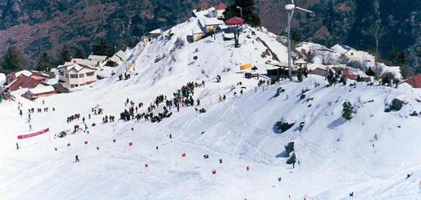 Manali Skiing Himachal Pradesh