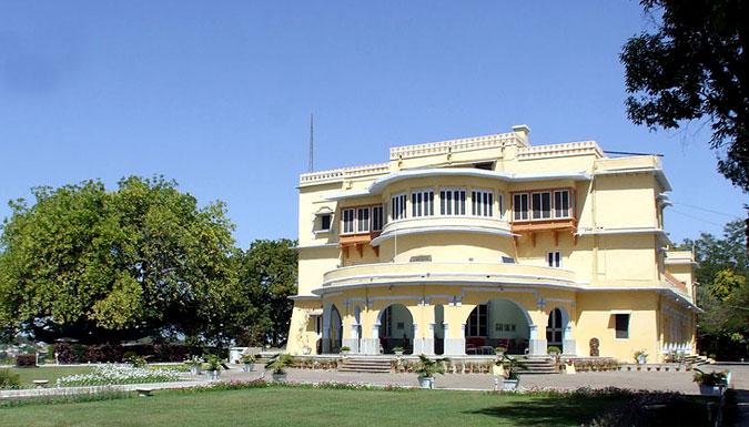 Brij-Raj-Bhavan-Heritage-Hotel-Kota