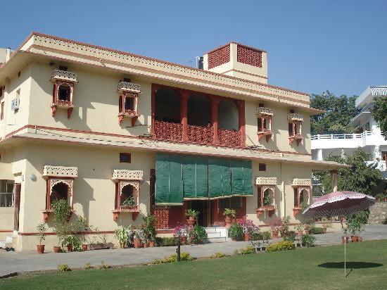 Devi-Niketan-Hotels-in-Jaipur