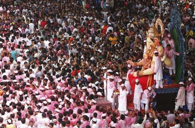 Religious-Festival-in-Mumbai
