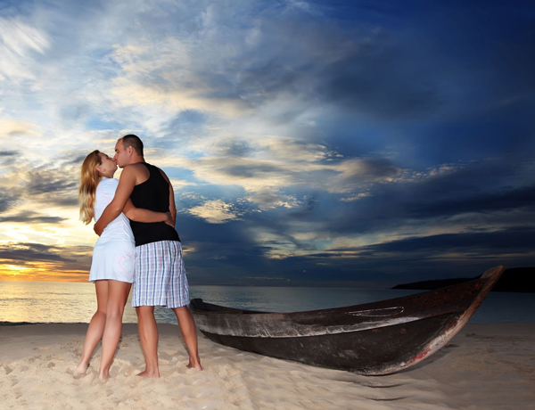 Kissing Paradise
