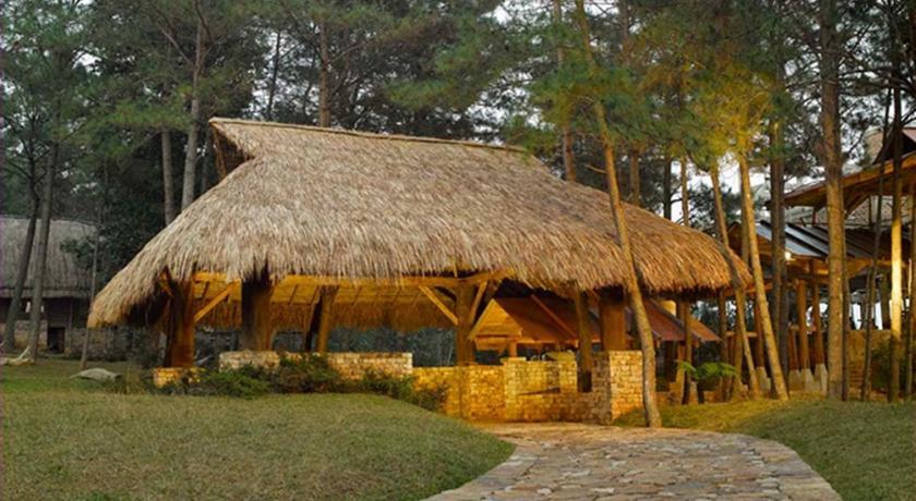 Ri Kynjai resort, Shillong