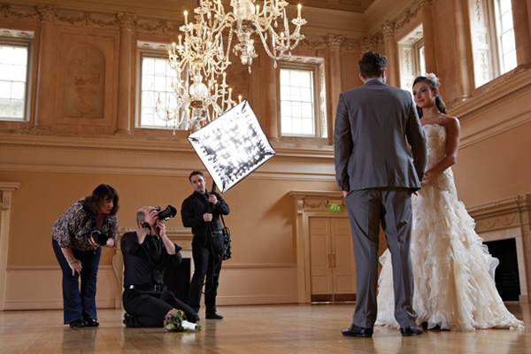Start A Career In Wedding Photography
